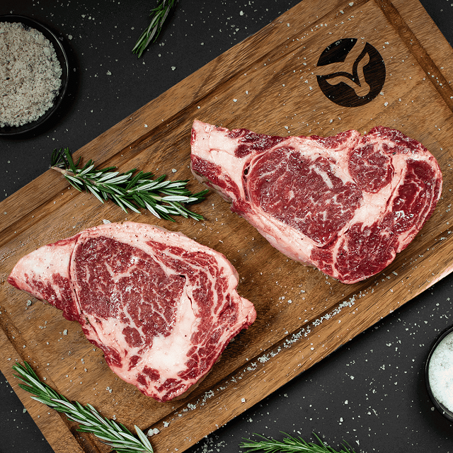 vaquero beef - steaks on a wooden cutting board